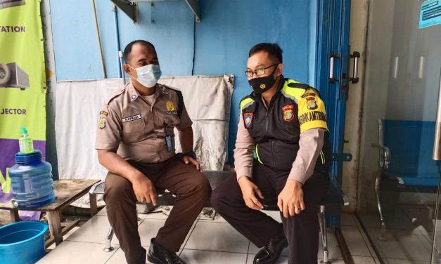 Door To Door Sytem Bhabinkamtibmas Sambangi Pos Security